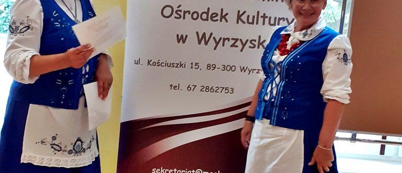 2020-08-23-19-EtnoPolska2020 - Osoby w stroju krajeńskim